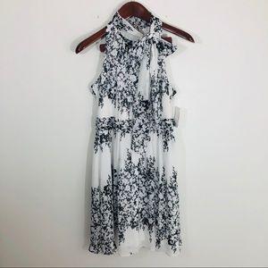 NWT Jessica Simpson Floral Fit Flare Dress B&W 8
